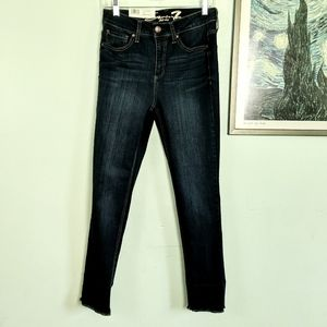 NWT Seven7 High Rise Slim Straight Jeans Size 4